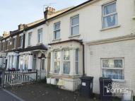 2 bed Flat to rent in Cann Hall Road, London...