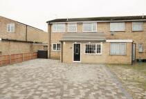 4 bedroom semi detached house in Broxbourne, Hertfordshire