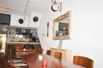 Restaurant in West Green Road, London to rent