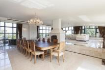 Flat for sale in William Hunt Mansions...