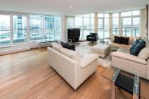 2 bed Flat to rent in St George Wharf, SW8