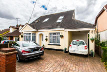 4 bedroom Detached home for sale in HAWKWELL CHASE, Hockley...