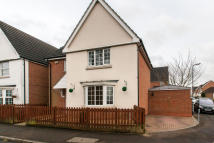 3 bed Detached property in Basildon Road, Basildon...