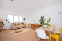 1 bed Maisonette for sale in Churchfield Road, W12