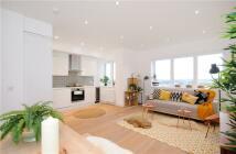 2 bedroom new Flat in Churchfield Road, W3