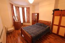 Flat to rent in Beresford Road N8