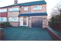 4 bed semi detached property to rent in Eton Road, Orpington