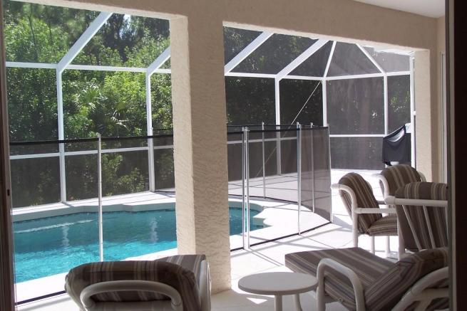 Large pool deck