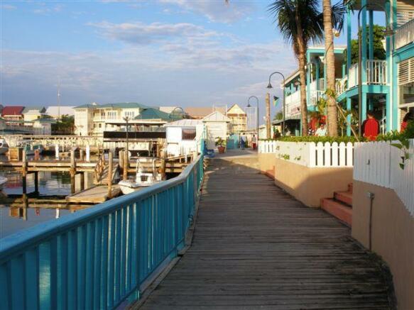 Port Lucya