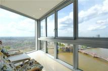 Flat for sale in St George Wharf, London