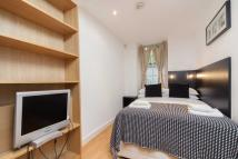 Flat in Cartwright Gardens...
