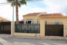 3 bedroom Detached Villa for sale in La Marina, Alicante...