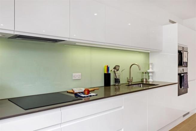 10224_asr___stage_house_griffiths_road___8.jpg