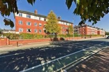 Flat to rent in Melmerby Court, Salford