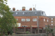 2 bedroom Apartment to rent in Old Market, North Brink...
