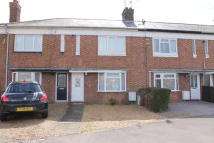 Terraced house to rent in Summerfield Close...