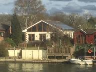 4 bedroom house in Hamhaugh Island...