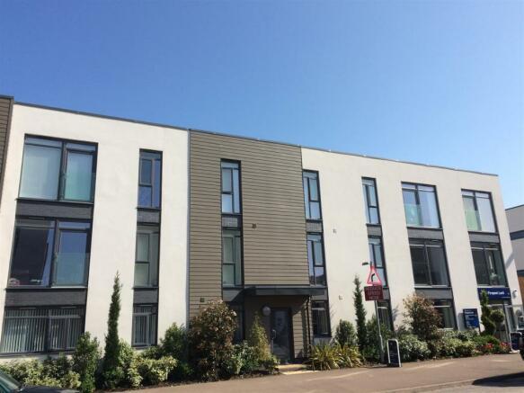 2 Bedroom Apartment To Rent In Cunningham Court Firepool Lock Taunton Ta1