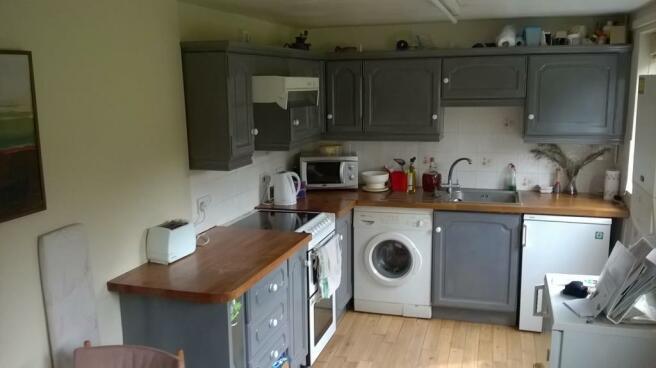 new kitchen 3.jpg