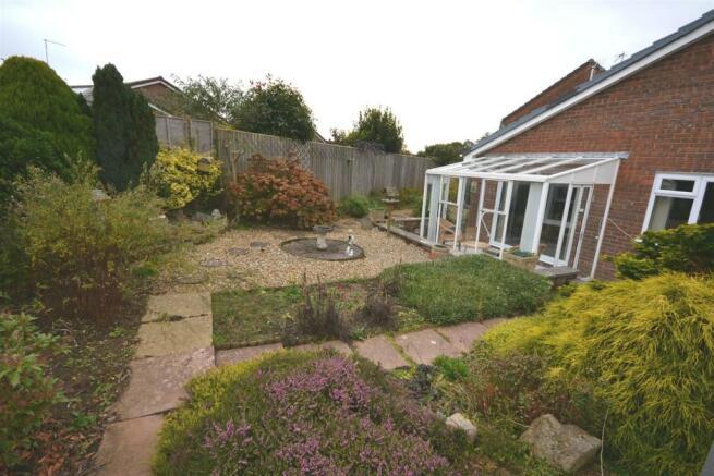 Garden 1 a.jpg