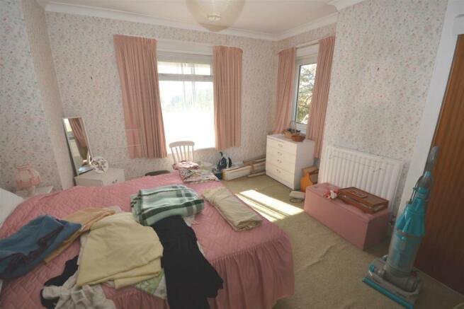 Bedroom One a.jpg
