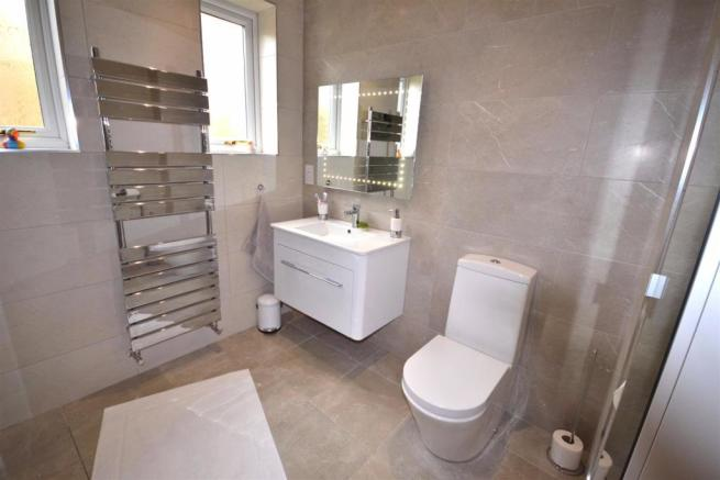 Shower Room 1 a.jpg
