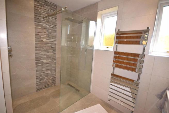 Shower Room 2 a.jpg