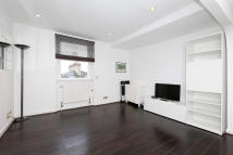 1 bed Apartment in Gloucester Terrace...