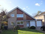 4 bed Detached house in Warwick Gardens, Ashtead
