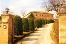 8 bed property in Le Marche, Macerata...
