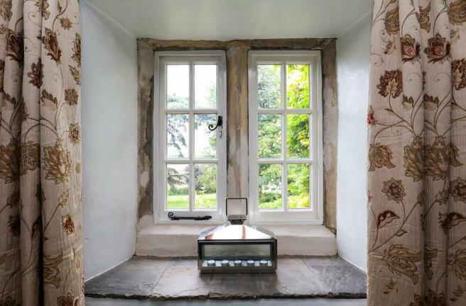 Window - Detail