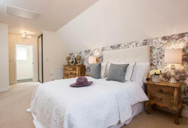 Holnicote_bedroom_1