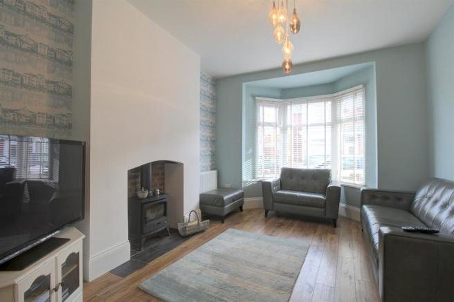 Living Room Image 1