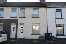 2 bed Terraced property in Trevethick Street...