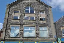 Flat to rent in Hanbury Court, Bargoed