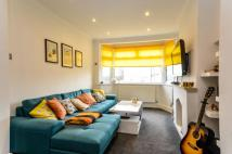 3 bed Terraced house for sale in Hillcrest Road, Bromley...