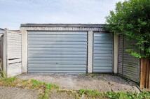 Garage in Mount Park Road, Pinner...