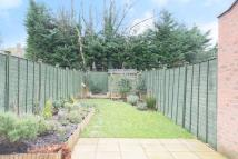 4 bed property to rent in Flowers Avenue, Eastcote...