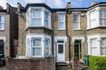 Dagenham Road property to rent