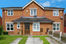 2 bed Mews in TITCHFIELD ROAD, Oldham...