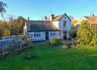 7 bed Detached house for sale in The Avenue, Madingley...