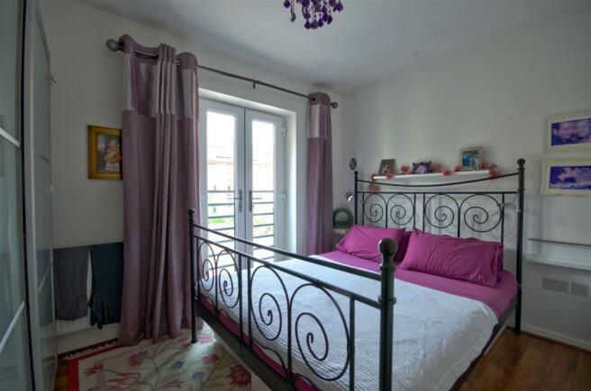 Bedroomj 1.jpg