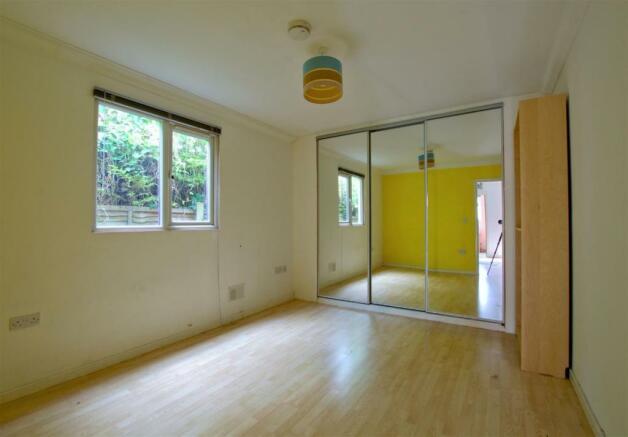 Studio bedroom .jpg