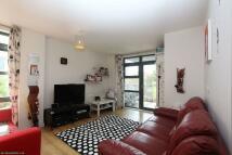 Watney Street Flat to rent