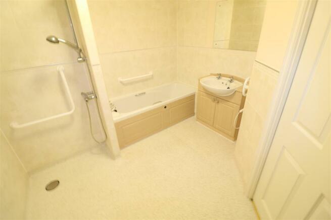 Bath/Shower Room/W.C