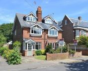 semi detached house to rent in Cobham