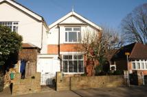 2 bed Flat to rent in Shepperton