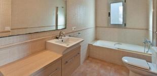 328-191-bathroom