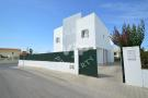 Villa for sale in OLHOS DE AGUA...