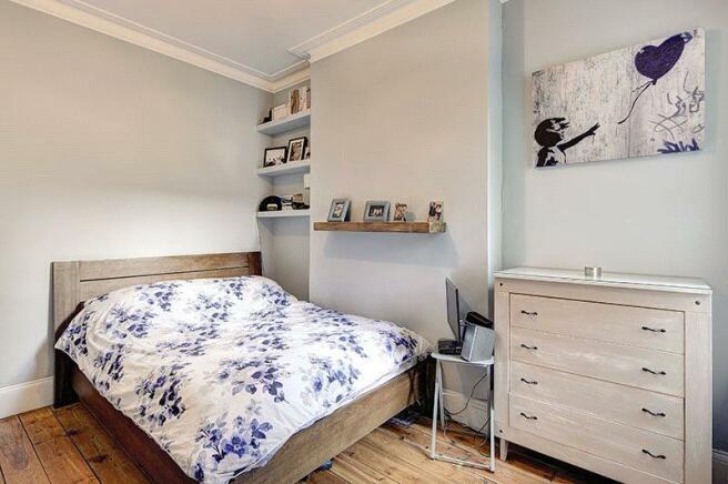 Bedroom1  : Nw10